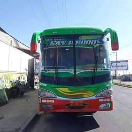 hermozo bus hino fg 7961