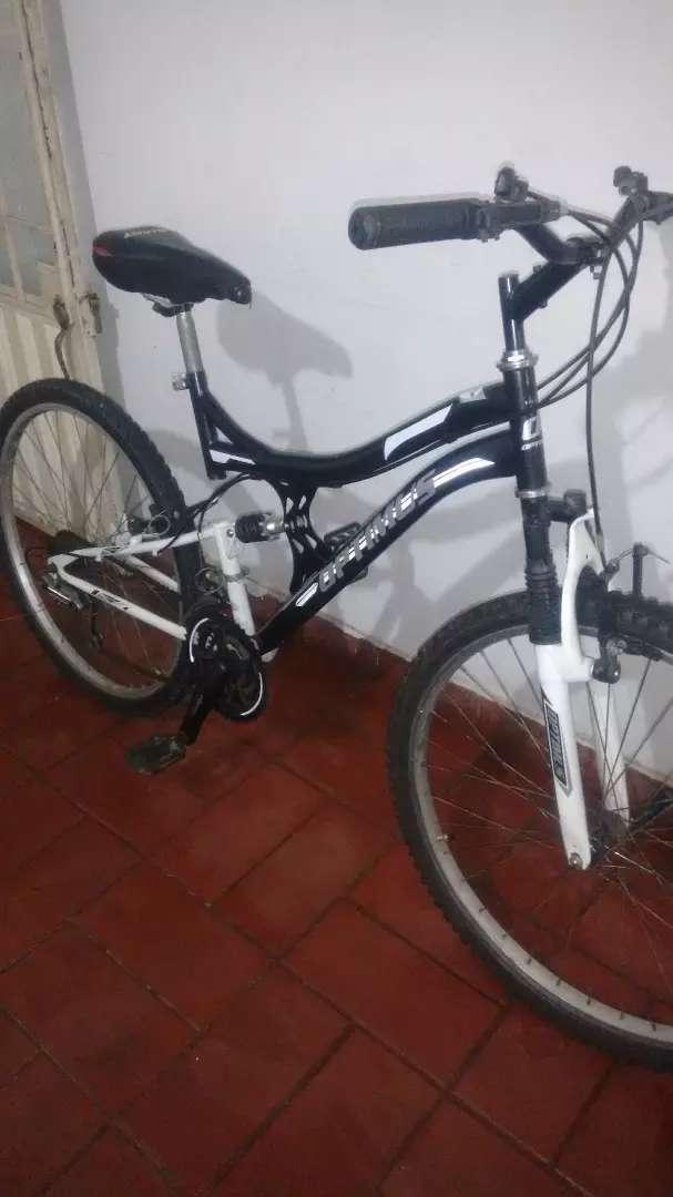 Vendo o cambio bicicleta  doble amortiguador  GW original 0