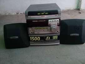 VENDO RADIO PHILIPS 1500 WATTS PMPO