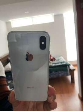 Vendo o cambio iphone x de 256 gigas con caja, factura y cargador.