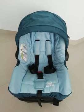 Silla de carro para bebe JOIE. Sistema ISOFIX