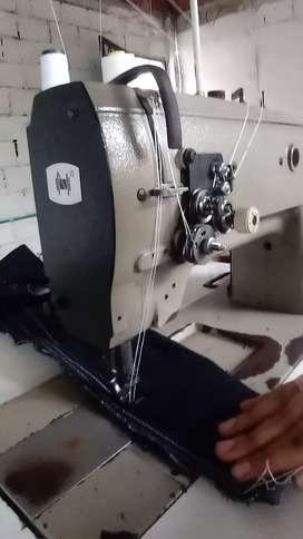 Maquina dos agujas industrial