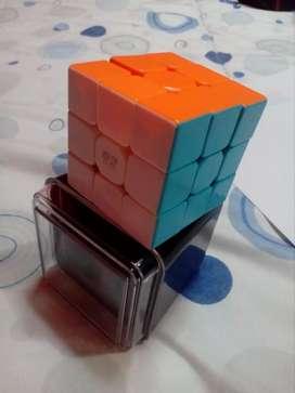 Cubo de rubik quiyi warrior w + caja decorativa