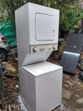 Vendo lavadora secadora eléctrica
