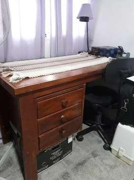 Vendo escritorio antiguo