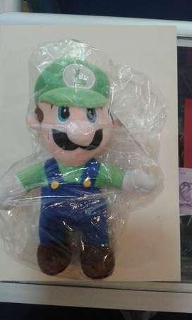 Super Mario Bros Luigi clásico peluche en bolsa