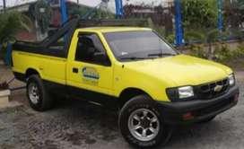 Vendo linda camioneta Chevrolet luv 2004 a diesel.