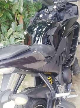 Se vende moto yamaha r 15 modelo 2013