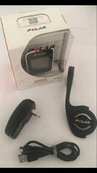 POLAR M450 GPS CON SOPORTE DE EXTENSIÓN ORIGINAL Y CARGADOR CON CABLE DE DATOS 0