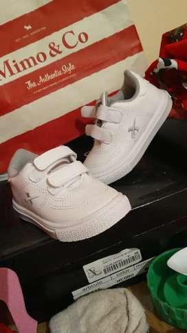 Vendo zapatillas nuevas sin uso