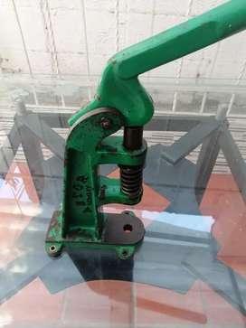 Maquina Troqueladora ASTOR
