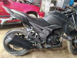 Moto AKT 2020