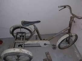 Vendo bicicleta 3 ruedas