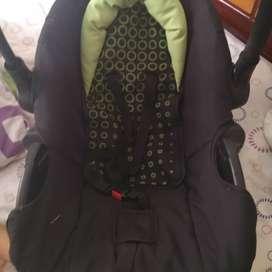 Asiento para bebé para vehículo