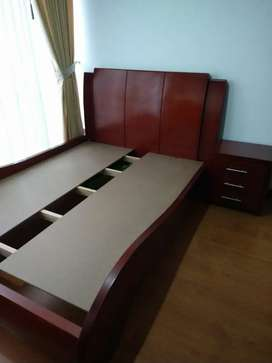 Vendo cama doble madera sajo