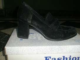 zapato mocasin dama talle 37. usado. MUY CUIDADO