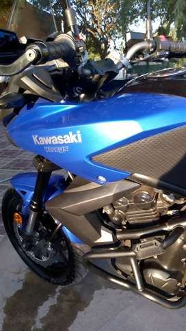KAWASAKI VERSYS 650 cc 2013 COMO NUEVA