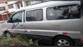 Vendo Hyundai Starex 2006 para 12 pasajeros