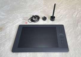 Tableta digitalizadora INTUOS PRO con conexión inalámbrica