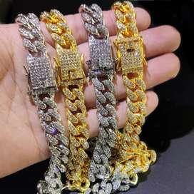 Esclavas en Acero quirúrgico estilo Cuban Link (oro y oro blanco)