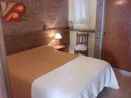 me15 - Hotel para 1 a 7 personas con pileta y cochera en Mina Clavero
