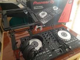Controlador DJ SB3 + Audifonos + Soporte + Cables