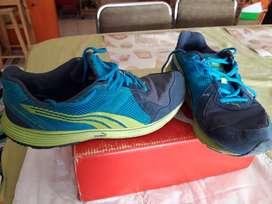 vendo zapatillas Puma N42