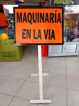 AVISO DE SEÑALIZACIÓN VIAL.