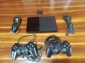 Play Station 2, memory card 8 MB, 2 controles, lee copias