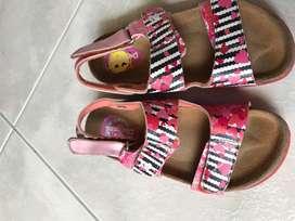 Sandalias de Desigual  para niñas usadas