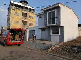 De Oportunidad Casa en Brisas del Santay con 2 locales comerciales