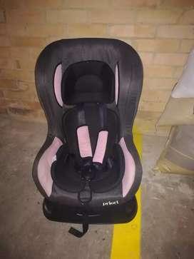 Vendo silla de bebe para carro