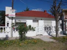 Alquiler Chalet Mar Del Tuyu 6 Personas Calle 86 Entre 1 Y 2 AL FRENTE