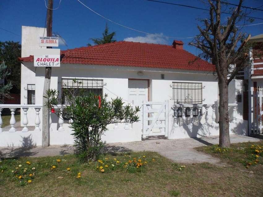 Alquiler Chalet Mar Del Tuyu 6 Personas Calle 86 Entre 1 Y 2 AL FRENTE 0