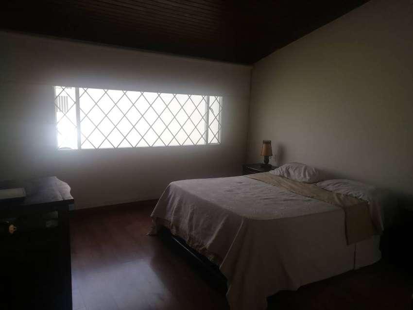 Arriendo Habitación en Alhambra 0