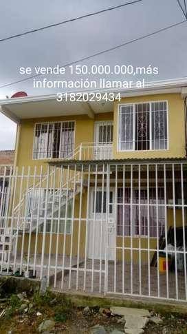 Vendo casa de 2apartamentos independientes