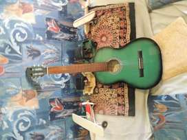 guitarra soprano verde claro