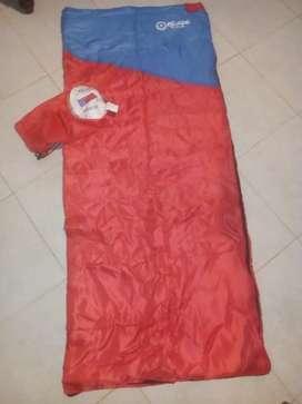 Bolsa de dormir marca escape, 1,55 de largo y ancho 60 cm
