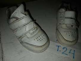 Zapatos 24-25