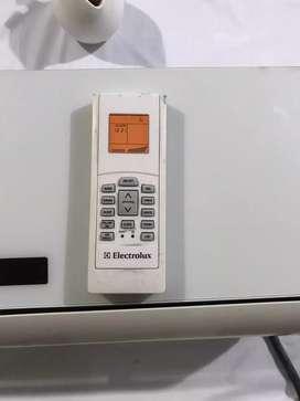 Vendo aire acondicionado electrolux 9000 btu 220 voltios