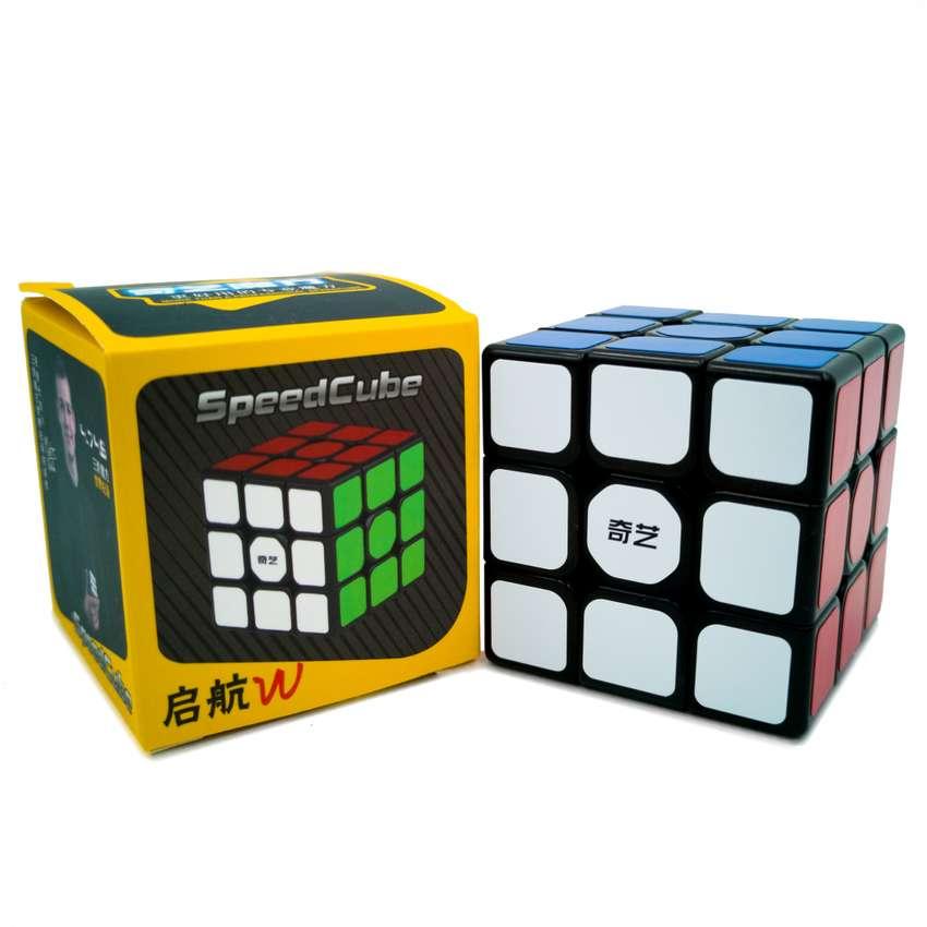 Cubo Rubik Original 3x3 Sail W 2019 Actualizado Qiyi Negro 0
