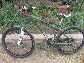 Vendo bicicleta sin detalles todo componentes shimanos