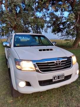 Toyota Hilux SR 3.0 4x2