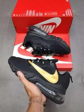 Nike reac  270