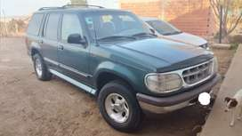 Ford explorer XLT 4x2 impecable