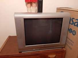 televisor de cola