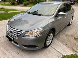 Nissan Sentra Advance 2015