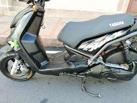 Vendo Yamaha biwis modelo 2013