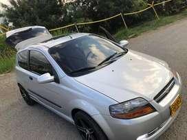Vendo Chevrolet aveo   carro 3 puertas