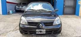 - Renault Clio modelo 2009 Nafta 1.2 - Con direccion, cierre, llantas, lev. vidrios, etc.